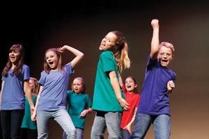 kids-theater-class